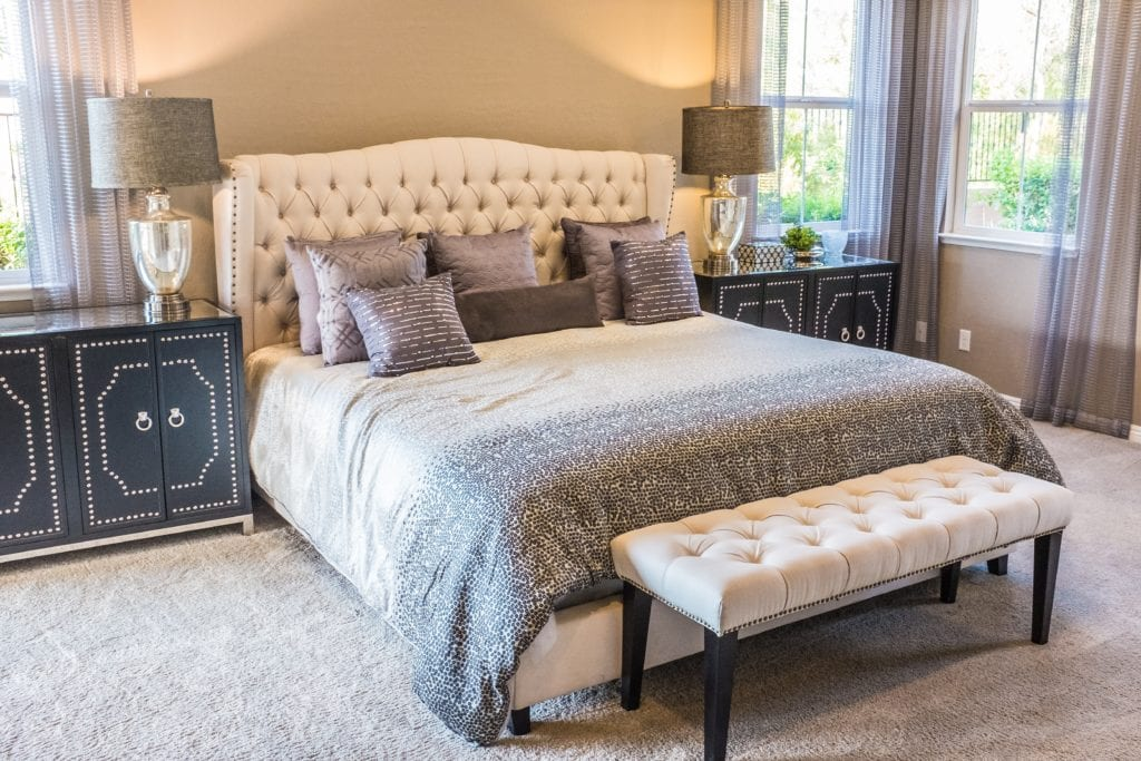Points To Consider Before Choosing Perfect And Best Bedroom Carpet